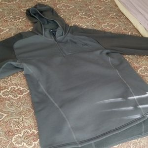 Arc'teryx men's 1/4 zip jacket